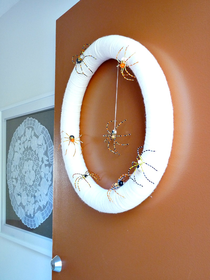 Sparkly spider Halloween wreath
