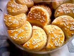 Resep Cara Membuat Kue Kacang Bulan Sabit Spesial