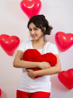 Actress Aavana valentines day spl photo shoot-cover-photo