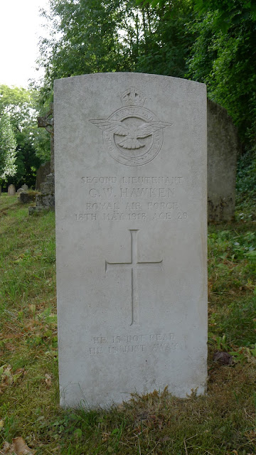 The grave of 2nd Lt. G.W. Hawken, RAF