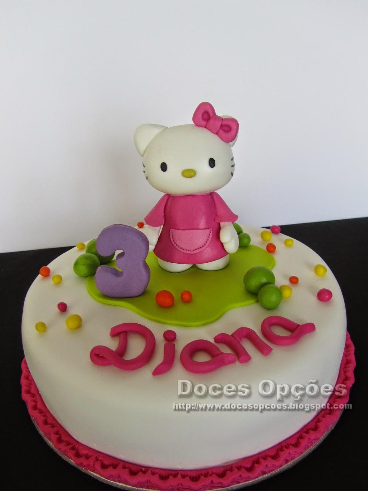 Bolo de aniversário com a Hello Kitty