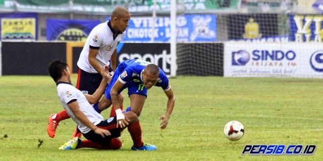 Persib Bandung Cuma Menang 1-0 atas PBR