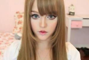 9 Gadis Tercantik di Dunia Yang Mirip Boneka Barbie