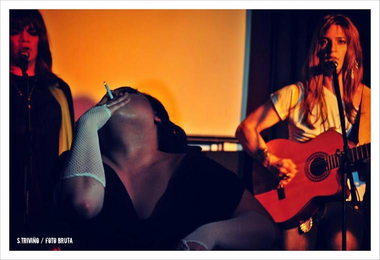 con Barby Guamàn y Karen Bennett