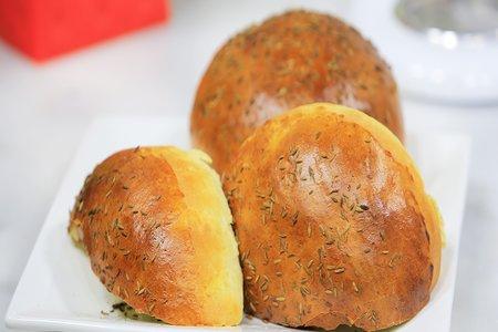 خبز بالبطاطس