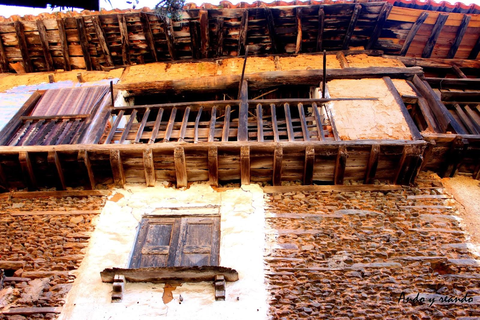 Vivienda de adobe y madera en Sierra de Gata (Cáceres)