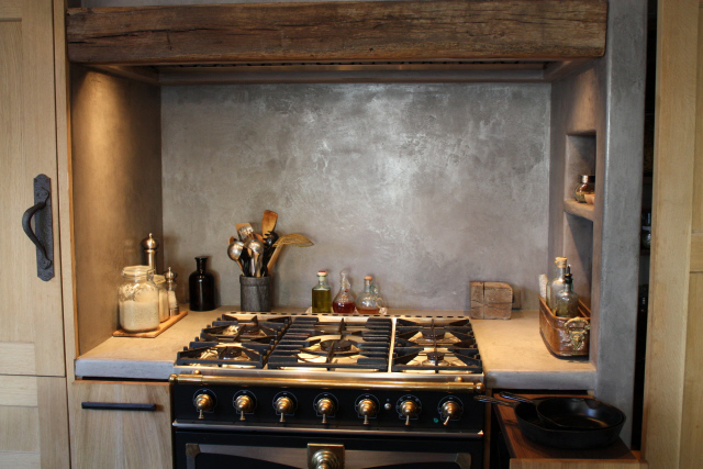La Cornue range, our kitchen, image by LeAnn for linenandlavender.net