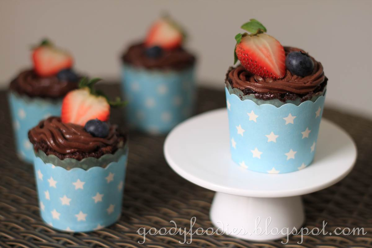 GoodyFoodies: Recipe: Brownie cupcakes with salted chocolate frosting ...