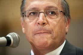 Governador Alckmin faz contrato com a empreiteira Delta e vira alvo do TCE