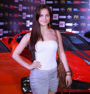 Elli Avram Spotted in Stunning Short Top and Shorts at Fast and Furious 7 Movie Premiere Show