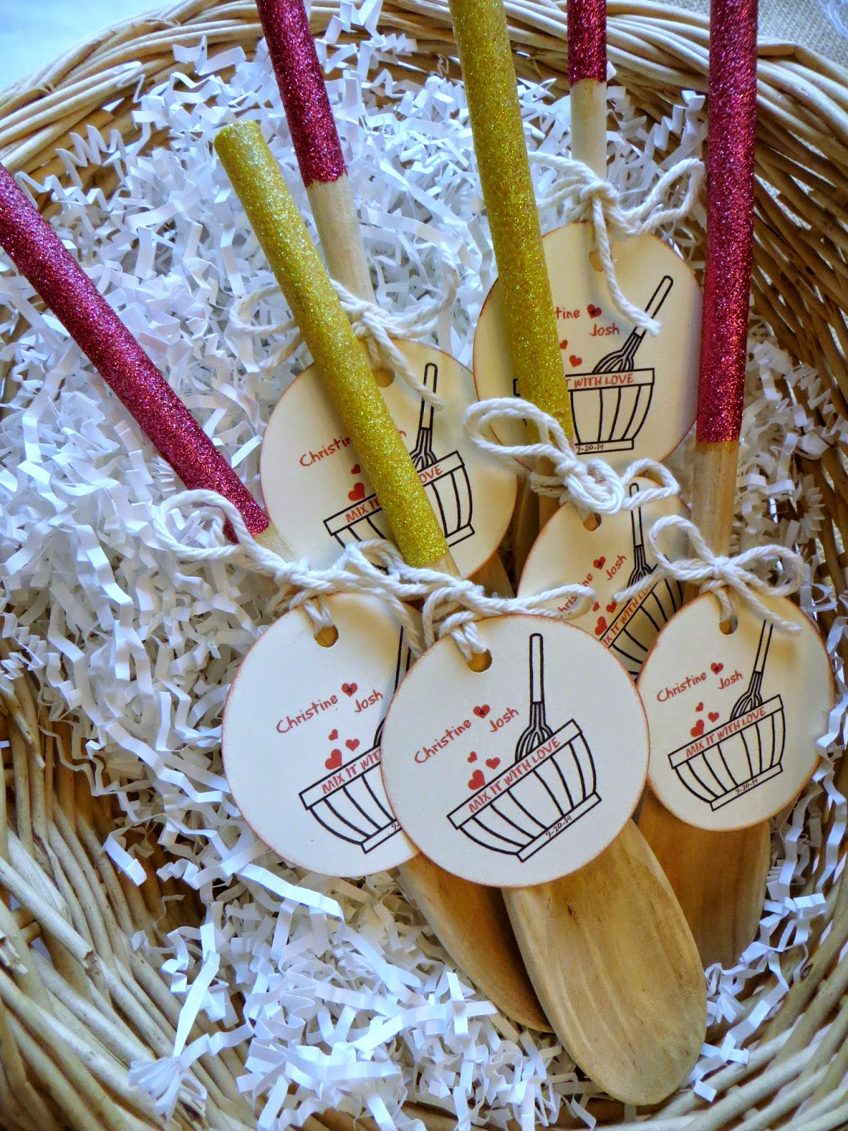 glittered spoon, bridal shower favors, diy bridal shower, weddding shower diy favors,