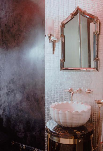 Venetian plaster fact fiction the colorful beethe for Venetian plaster bathroom ideas