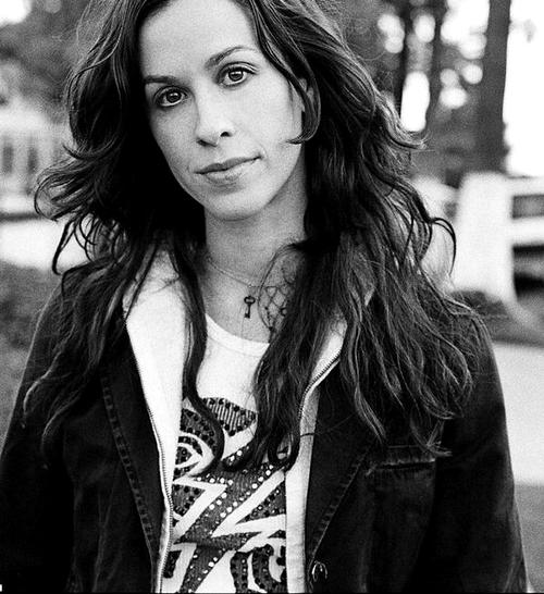 Alanis Morissette: Hollywood Photo
