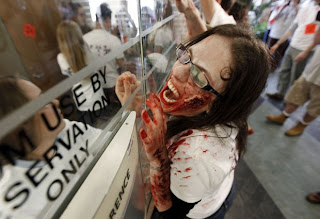 Universidade dos EUA ensina alunos a reagirem a um 'apocalipse zumbi'
