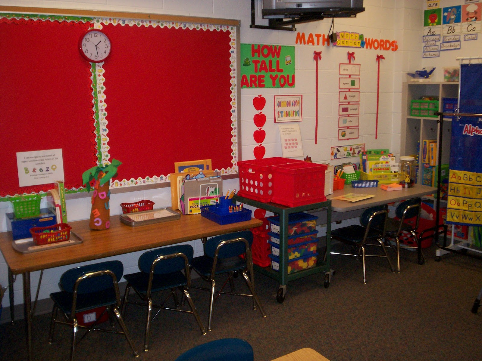 Classroom Setup Ideas For Kindergarten : Ladybug in kindergarten classroom set up