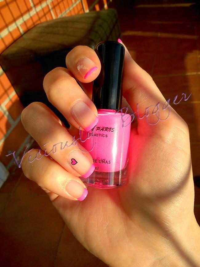 Nail art manicura francesa rosa