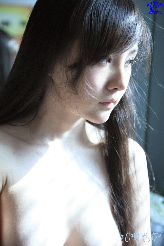 gan-lu-lu-naked_IMG_1142