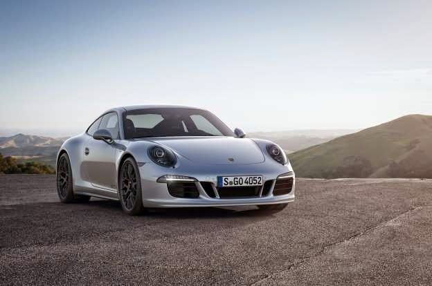 2015 Porsche 911 Carrera GTS Revealed