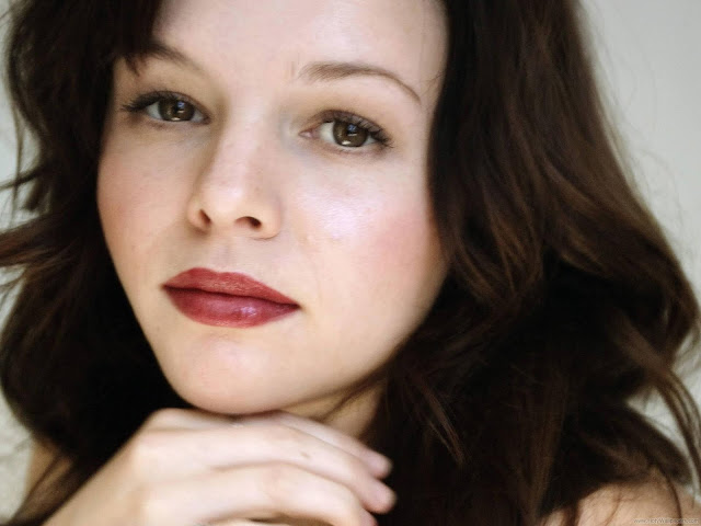 Amber Tamblyn Latest Wallpaper-1600x1200-04