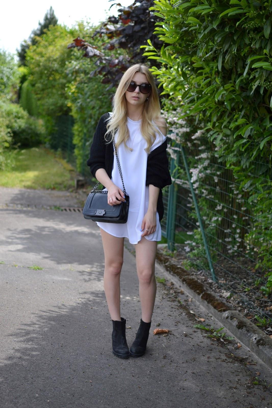 Motel Rocks dress blogger