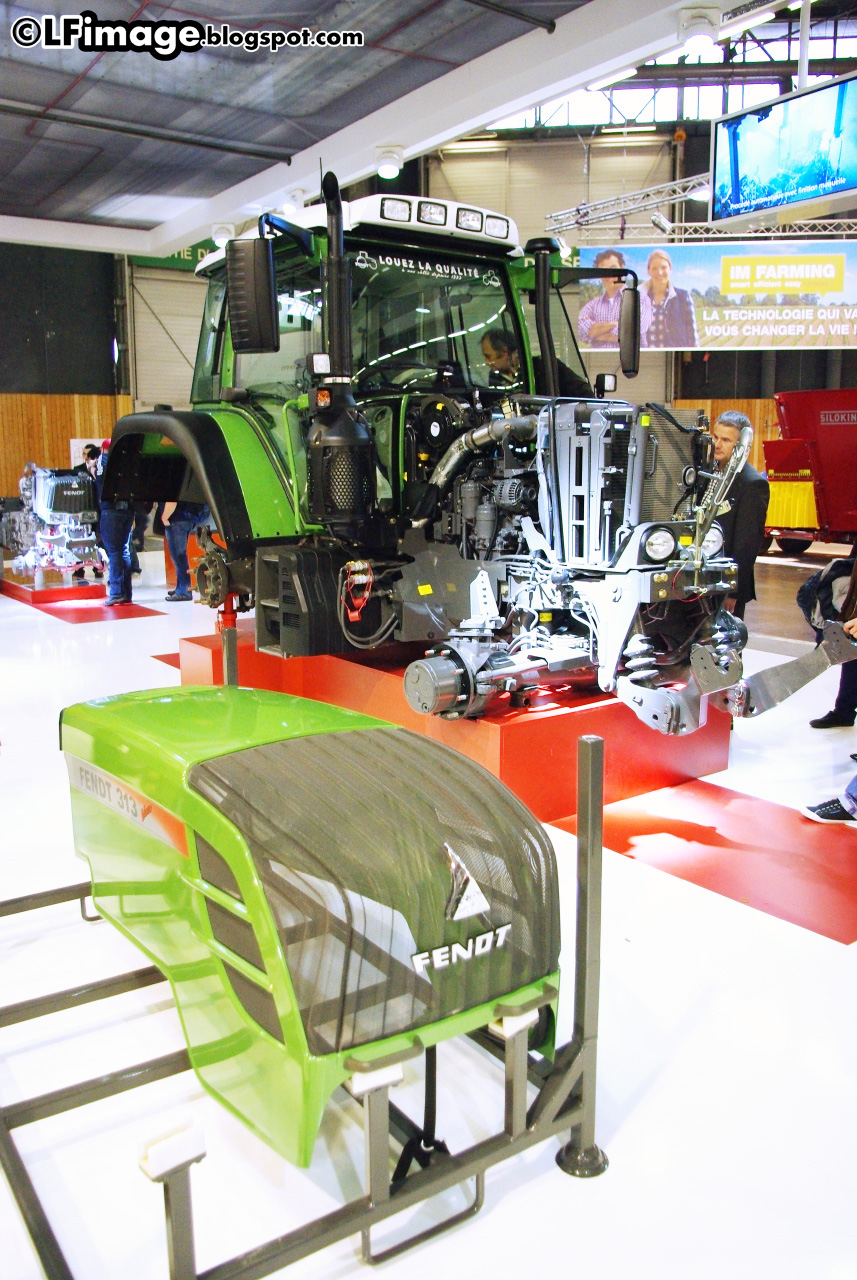 Lf image sima 2013 salon international des machines - Salon de l agriculture machine agricole ...