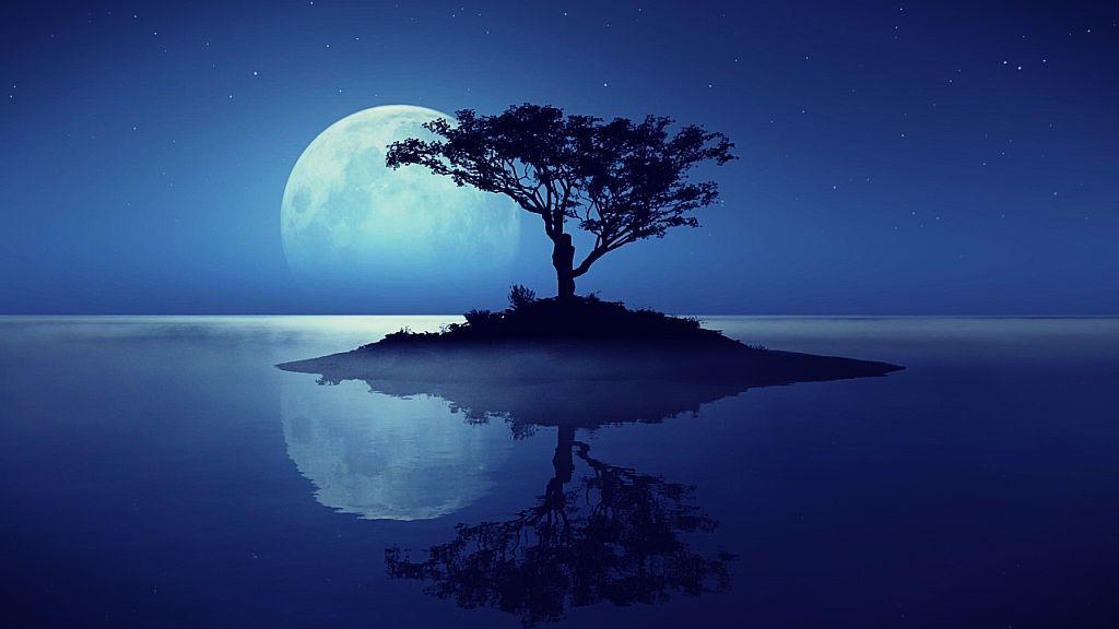 Hoy 31 de julio m stica luna azul astrolog a for Hoy hay cambio de luna