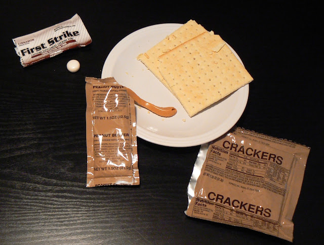 MRE Review: First Strike Ration Menu 2 : crackers