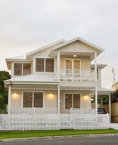 Hampton 39 S Style Home With Beachy Accents