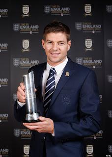 Gerrard Dapatkan Penghargaan Pemain Terbaik Inggris
