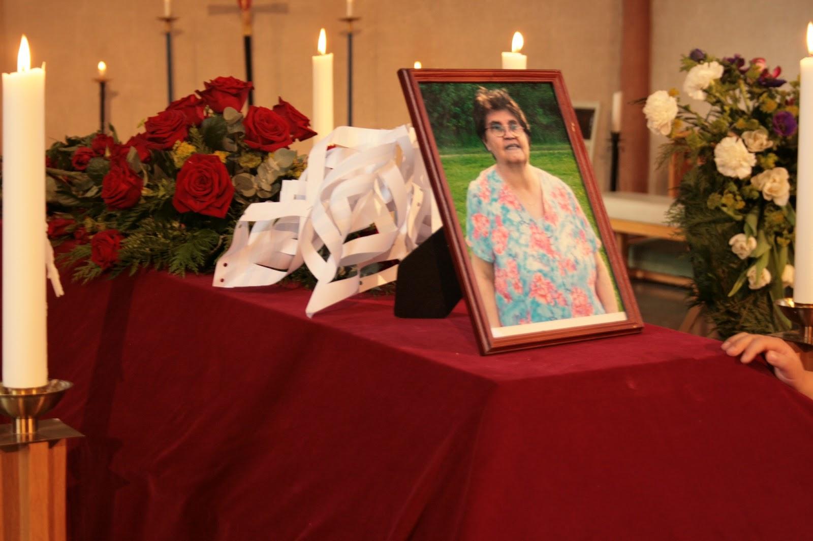 farväl vid begravning
