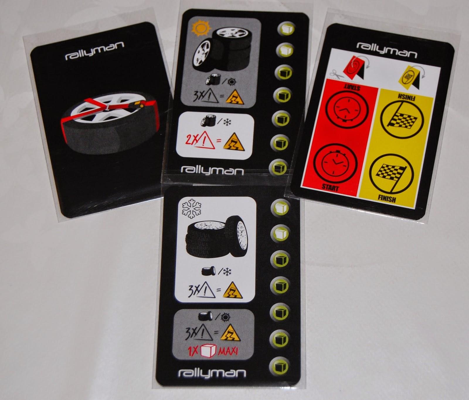Carteles de meta, panel de control y rueda de repuesto