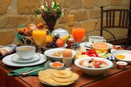 وجبة الفطور الصحية يمكن أن تقلل الوزن