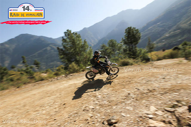 Raid de Himalaya is one of the premier Motorsports event in India, which starts form Shimla, Himachal Pradesh and concluded at Shrinagar (Jammu & Kashmir) after 8 days of action filled days in himalayas. This Photo Journey shares some of the wonderful photographs by Motorsports Photographer Varun Chadhary who has been covering many other Motorsports rallies in India. Let's check out and explore more about Raid De Himalaya action from 2012...Varun has shared lot of wonderful Photo Journeys in past and one of the wonderful Motorsports Photographer in the country. The 14th Maruti Suzuki Raid-de-Himalaya started from Shimla and after that rally/participants traversed a distance of 1800 kms over a span of six days. Raid de Himalaya 2012 was flagged off from Peter Hoff Hotel which is located in Chaura Maidan region of Shimla Town in Himachal Pradesh.The 14th Maruti Suzuki Raid-de-Himalaya was concluded at Leh. Suresh Rana and Parminder Thakur were adjudged the winners of the X-treme 4Wheel category and C.S. Santosh was declared as the winner of the Xtreme 2Wheel categoryK. Prasad and M. Chandrashekhar were declared the winners in the Adventure 4Wheel category. In all, 17 teams in the X-treme 4Wheel category, 40 teams in the 4Wheel Adventure category and 20 bikers could reach the final leg that concluded at Leh.Mahindra XUV500 at 14th Raid de Himalaya 2012 !!!The Moto Xtreme category which is the toughest of the lot is open only to those 4-wheeler drivers who have prior rallying experience and who have competed in one of the earlier editions of the Maruti Suzuki Raid-de-Himalaya. 50 teams participated in the Moto Xtreme 4-wheeler category in this year's event.Mahindra XUV500 splashing out the water on Himalayan terrains during 14th Raid de Himalaya.KTM Duke Motorbike riding through one of the roughest and tough terrains of Himalayas during 14th Raid De Himalaya 2012...Maruti Jypsy crossing through snow covered hills under shining sun and blue sky on the top. A wonderful Cl