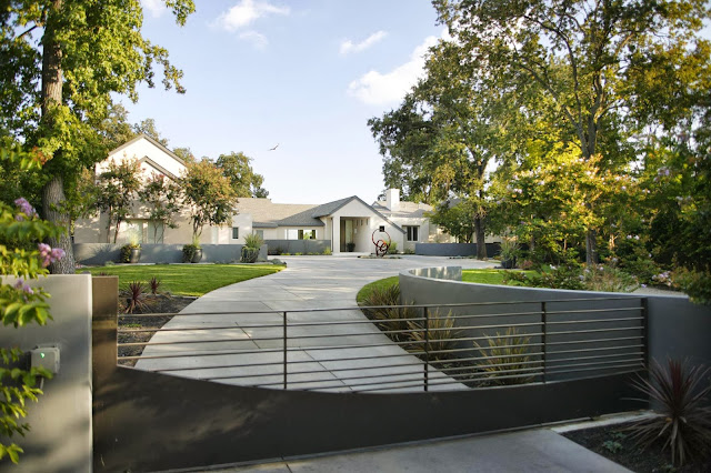 this wide landscape garden is benning design exterior