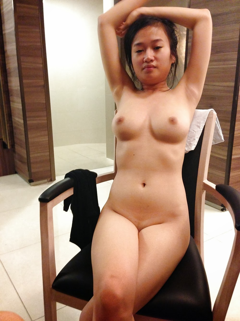 Pinay in singapore nude picture about
