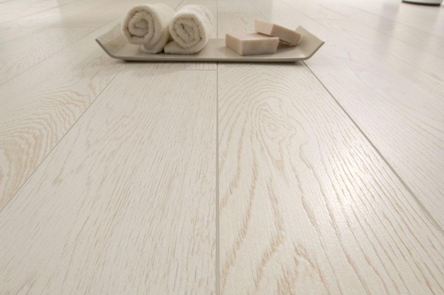 Pavimenti Finto Legno Bianco : Pavimento gres porcellanato effetto legno bianco: piastrelle effetto