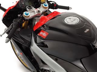 Gambar Motor 2013 Aprilia RSV4 Factory APRC ABS SBK SE 3