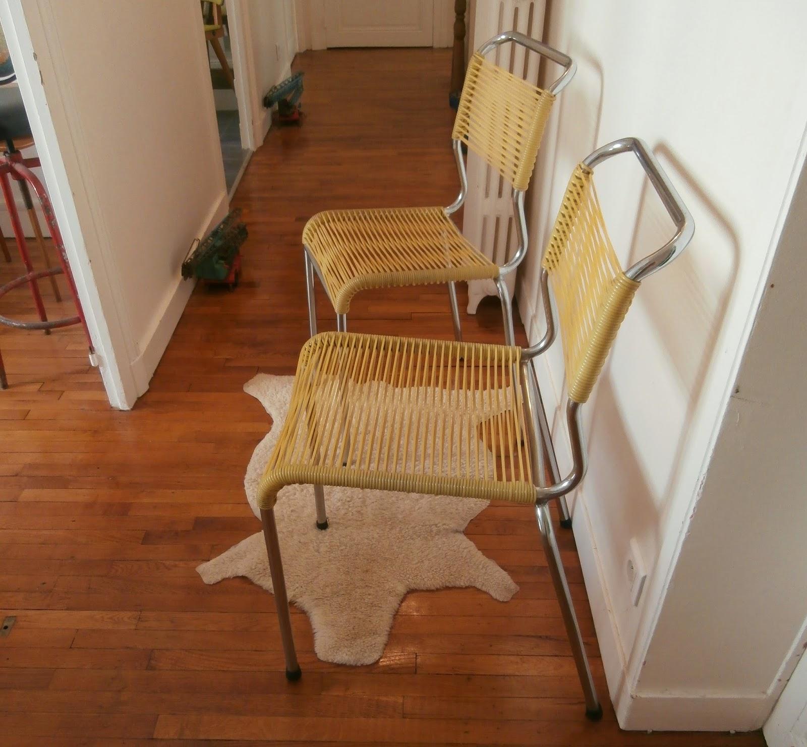 Dur e de vie ind termin e chaises en scoubidous jaune for Duree de vie d un chene