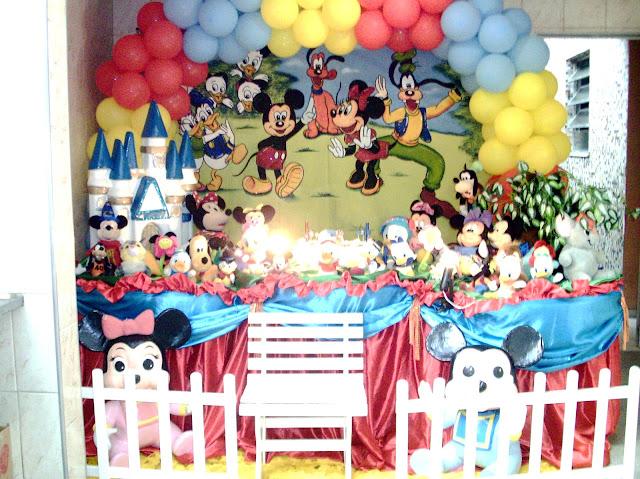 decoração de festa infantil com o tema Disney