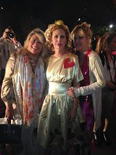 Silvia Ramos de Barton con Ágatha Ruiz de la Prada y Luz Sassoli