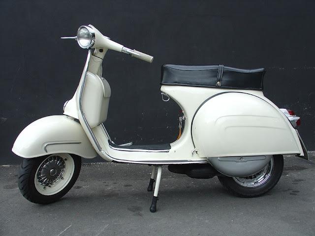 1964 Vespa GS 160 Mk2.jpg