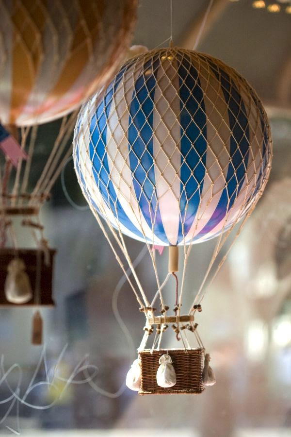 i de a hot air balloons in the kid 39 s room