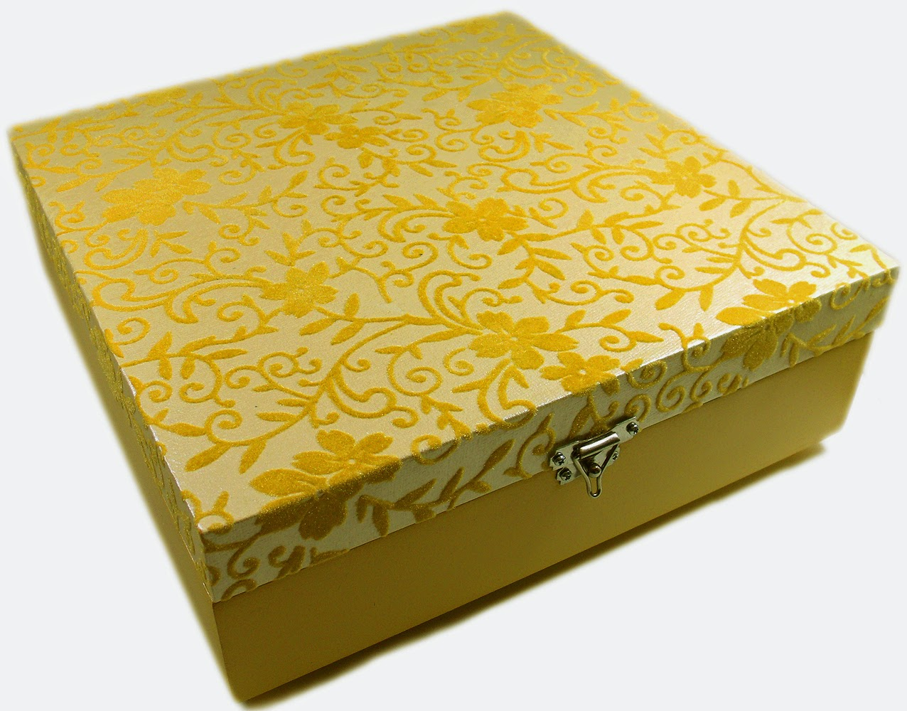 caixa organizadora decorada