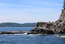 The cliffs around Bar Harbor.