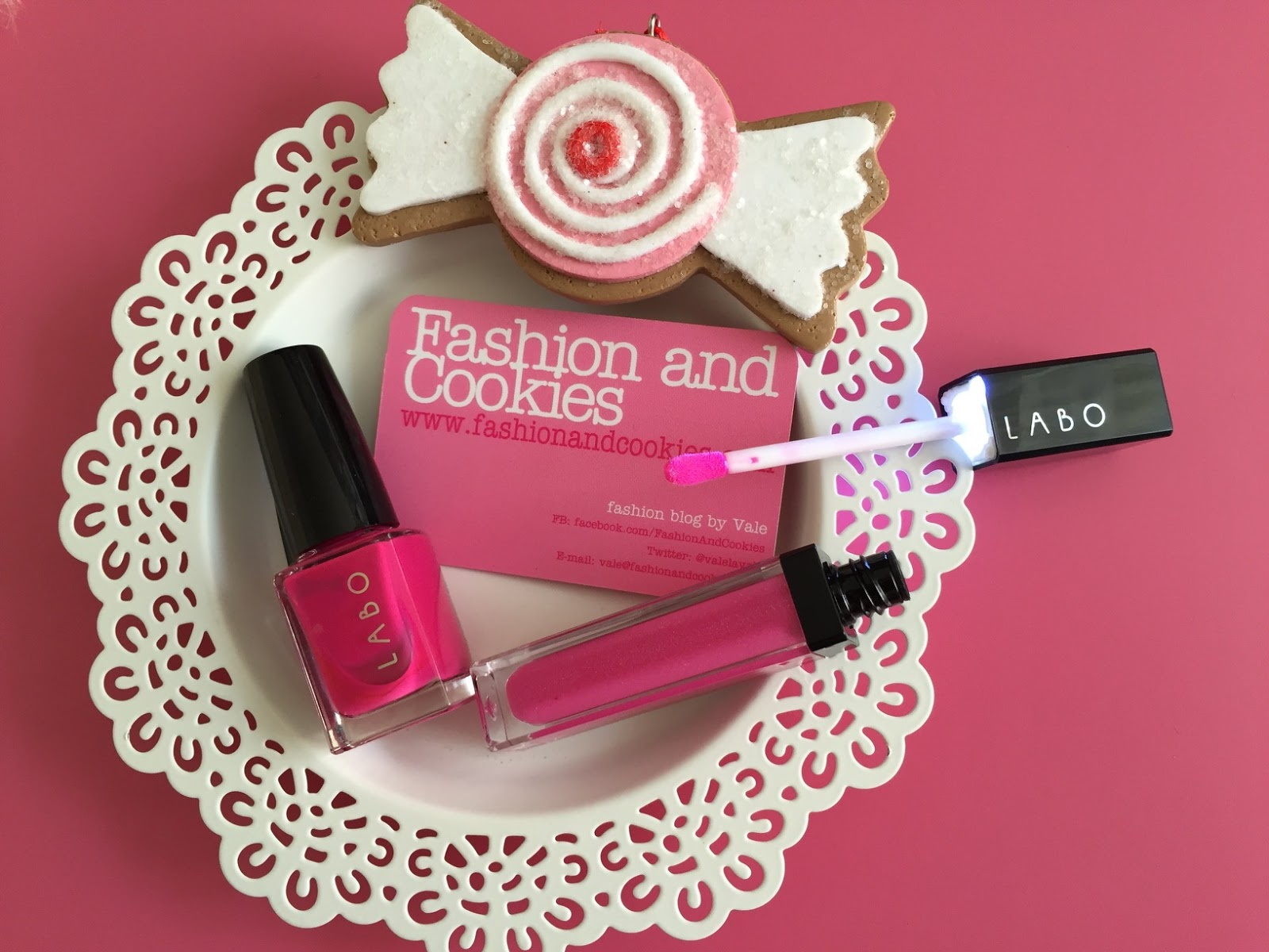 Labo Suisse Make-Up Led pink gloss and nail polish, led light makeup on Fashion and Cookies fashion and beauty blog, fashion and beauty blogger