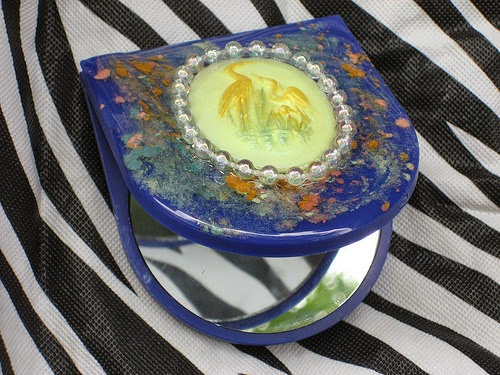 DIY Upscale Compact: Tanya Ruffin for Geaux Create It.com