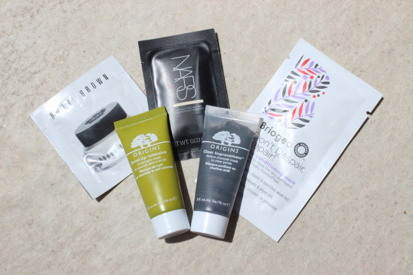 Travel Beauty, save samples