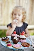 http://plentyofpaprika.blogspot.com/2015/04/diy-wooden-play-desserts.html