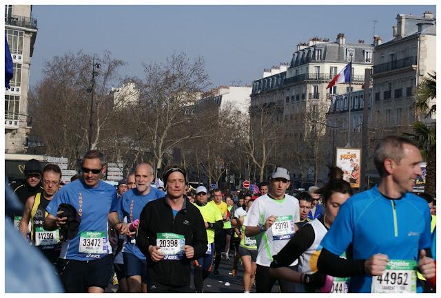 Maratón de París km.9