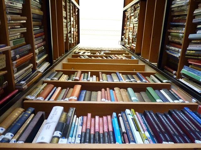 Gunakan Hanya untuk Menyimpan Buku!